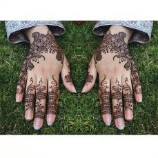 Pretty mehndi designs 14